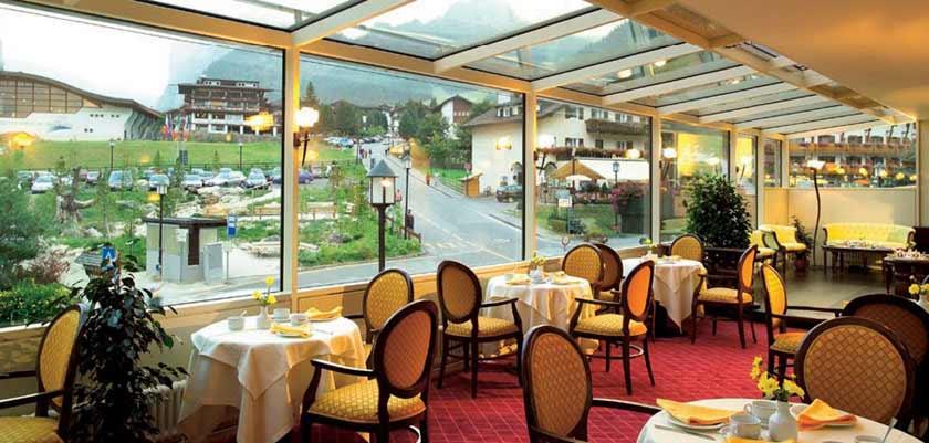 Hotel Oswald, Selva, Italy - restaurant.jpg